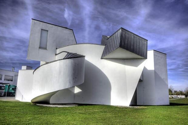 8 сумасшедших зданий архитектора Фрэнка Гери, который «ломает» дома