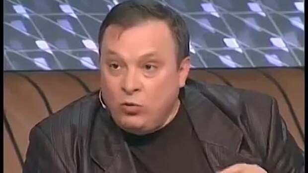Андрей Разин ответил Лайме Вайкуле - заявил, что Раймонд Паулс якобы вытащил ее из кабака