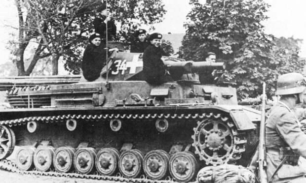 Немецкая бронетехника во время вторжения в Польшу. /Фото: inosmi.ru