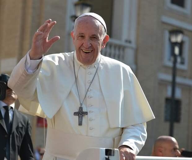 Папе римскому предстоит серьезная операция