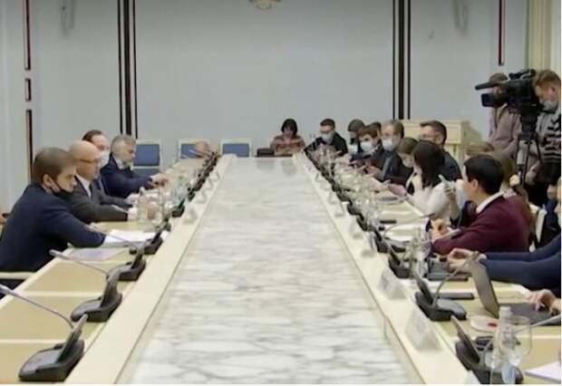 Фонд президентских грантов отказал «Леваде» и «Мемориалу», но дал Башмету и Михалкову