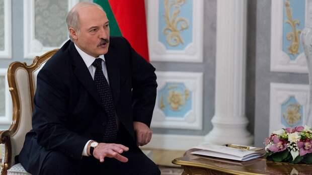 Лукашенко пообещал согражданам сохранить спокойствие в Белоруссии