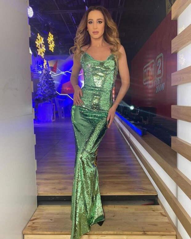 Бузова переезжает в Белоруссию, а Седокова смеется над Джоли: новое из соцсетей звезд
