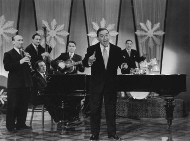Выступление на ''Голубом огоньке'' Леонида Утесова в 1963 году СССР, голубой огонек, ностальгия, старый новый год, эстрада