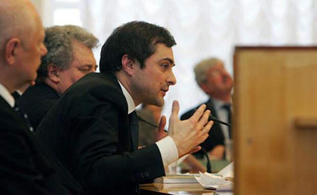 советник президента Владислав Сурков (Фото: Viktor Chernov/Russian Look/Global Look Press)