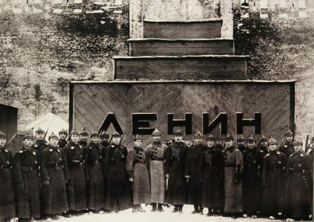 Почему Ленина не надо закапывать. По моему мнению