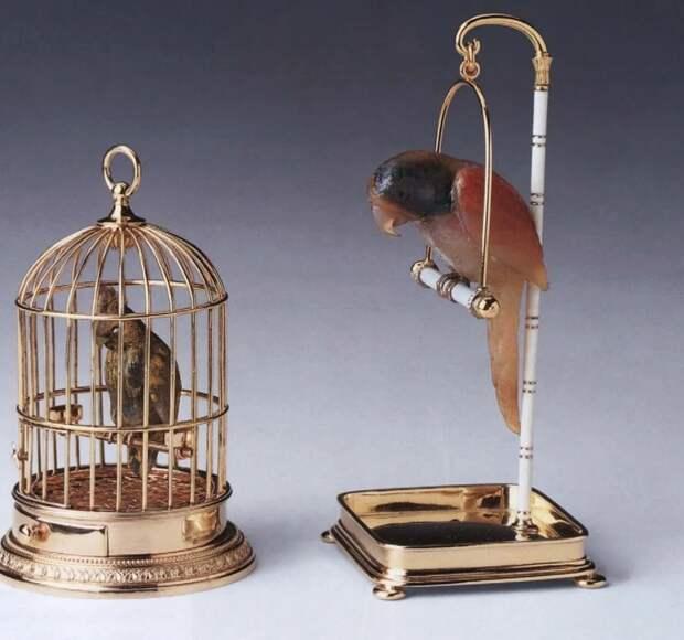 Камнерезные фигурки птиц фирмы Фаберже из королевской коллекции