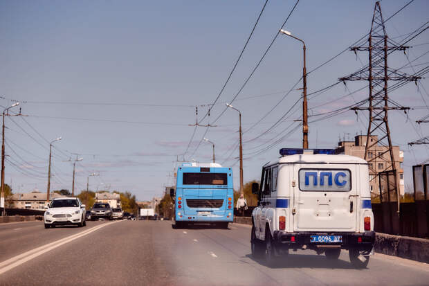 В Твери машина сбила 8-летнего ребенка на самокате