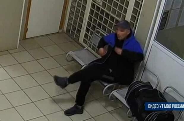 Хулиган давился травой на глазах полицейских в Барабинске