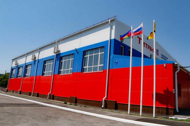 В Новороссийске открыли малобюджетный спорткомплекс