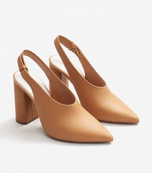 Как правильно выбрать туфли, которые будут визуально удлинять ножки