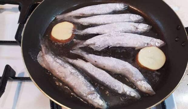 Как пожарить рыбу без запаха, брызг, лишнего жира и грязи