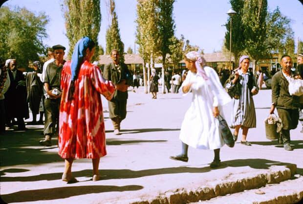 Теплые и красочные снимки повседневной жизни Узбекистана в 1956году