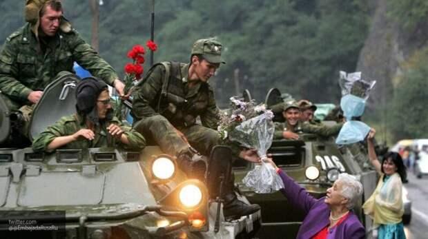 """От """"партизанских отрядов"""" до мировой элиты: как изменилась армия России за 29 лет"""