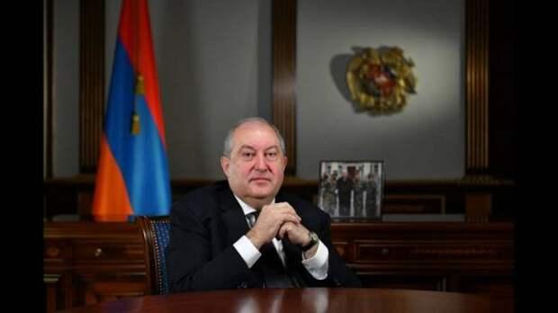 СМИ: Президент Армении подхватил вЛондоне Covid-19