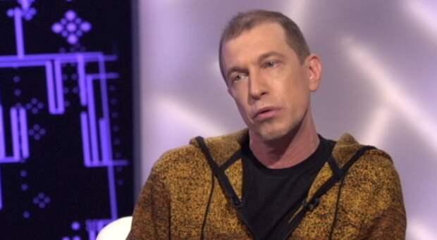 Музыкальный критик Соседов рассказал, что живет на 50 тысяч рублей в месяц