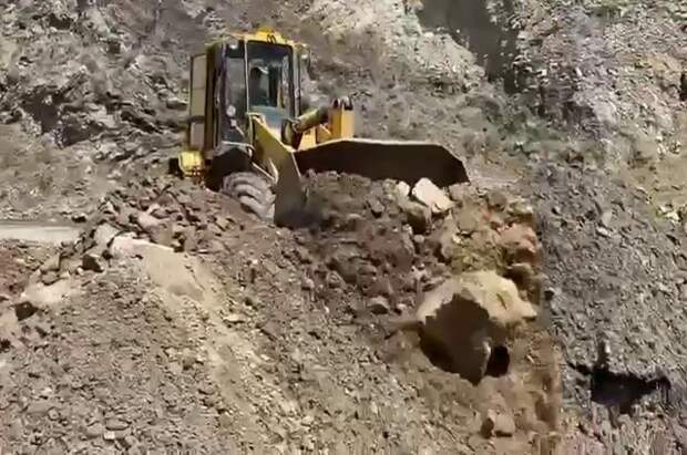 Власти Дагестана окажут помощь пострадавшим из-за дождей районам