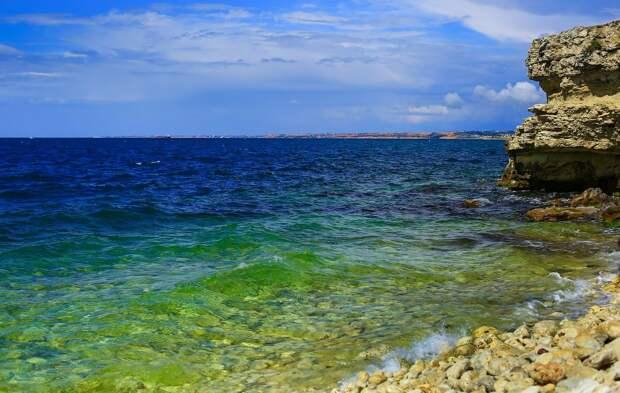 Эксперт объяснил цены на отдых в Крыму в высокий сезон