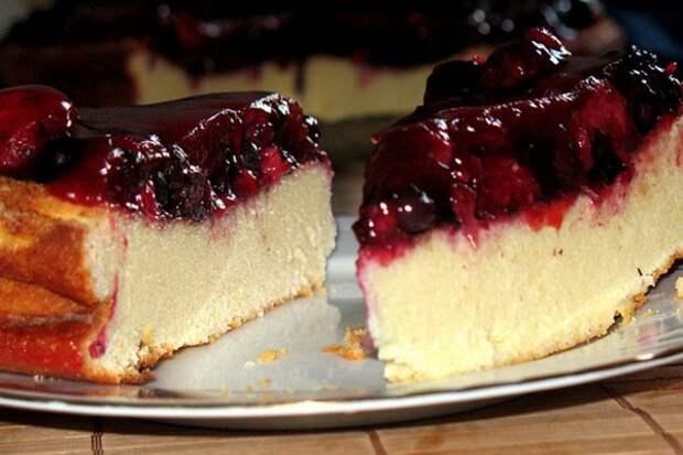 Рецепт вкуснейшего пирога с творогом и ягодами