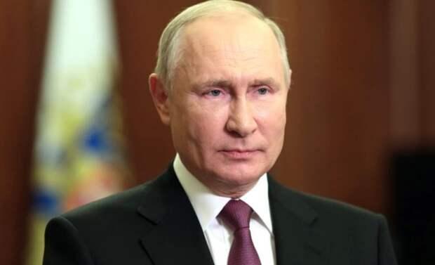Путин о псковских десантниках на мемориале Невскому: «Ничто не может разорвать связь поколений»