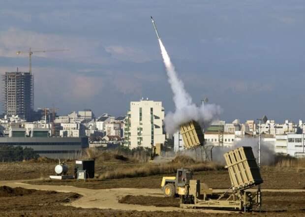 Запущенная сирийцами ракета ЗРК С-200 вскрыла все израильские средства ПВО