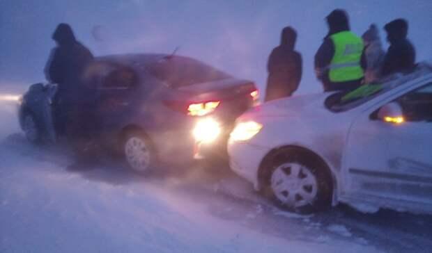Оренбургские спасатели трижды приходили на помощь попавшим в беду автомобилистам
