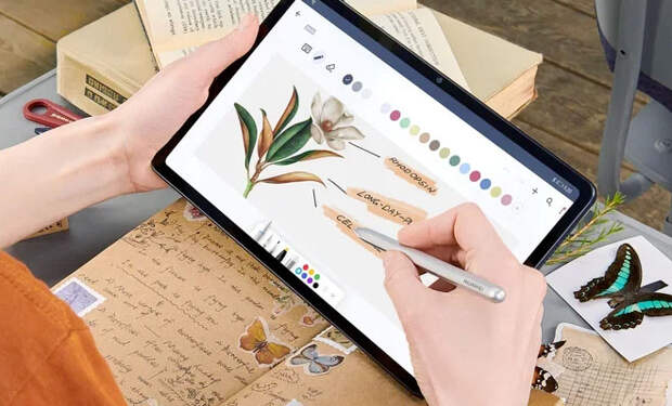 Время пролетит незаметно с HUAWEI MatePad: компактный и легкий планшет для развлечений
