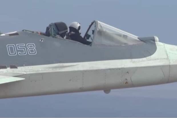 """""""Кабриолет"""" Су-57 : Полет российского самолёта удивил американские СМИ"""