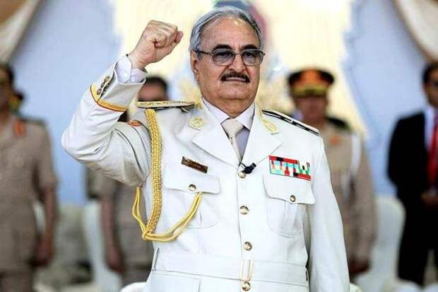 Хафтар вернет Ливии суверенитет и демократические институты власти - Перенджиев