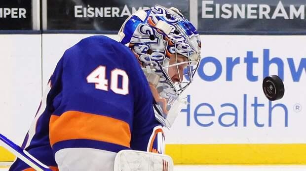 Варламов признан 3-й звездой дня в НХЛ