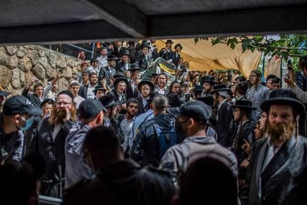 Количество погибших в давке на горе Мерон в Израиле увеличилось до 45