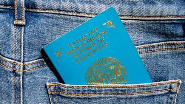 За январь-март Казахстан покинуло более чем вдвое больше людей, чем прибыло