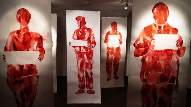 Участники занятий по искусству из Ростокина погрузились в творчество молодых художников и инсталляторов