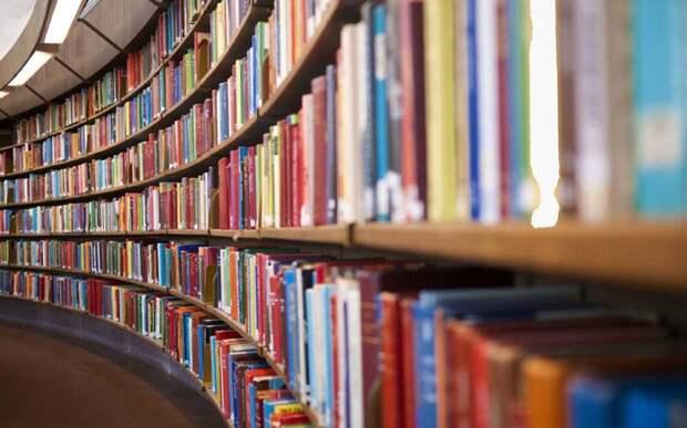 Рассказ «Последние метры» прочтут в прямом эфире сотрудники библиотеки на Вятской