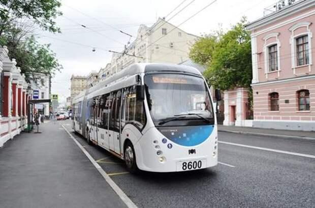 В Москве появился первый гибридный троллейбус