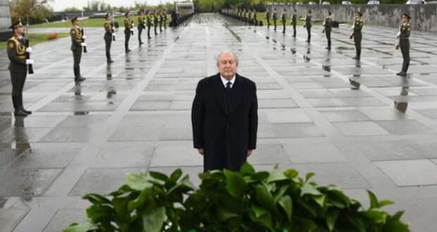 Президент Армении обратился кмировым лидерам перед Днëм памяти жертв геноцида армян