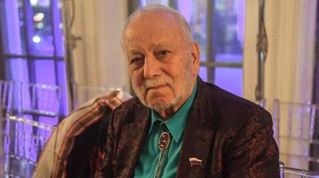 87-летнего отца Филиппа Киркорова разыскивают за гонки по Подмосковью