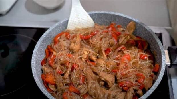 Фунчоза с курицей: рецепты фунчозы в домашних условиях