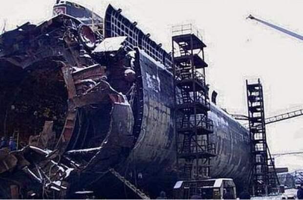 Подводная лодка Курск, немного истории и фото после аварии
