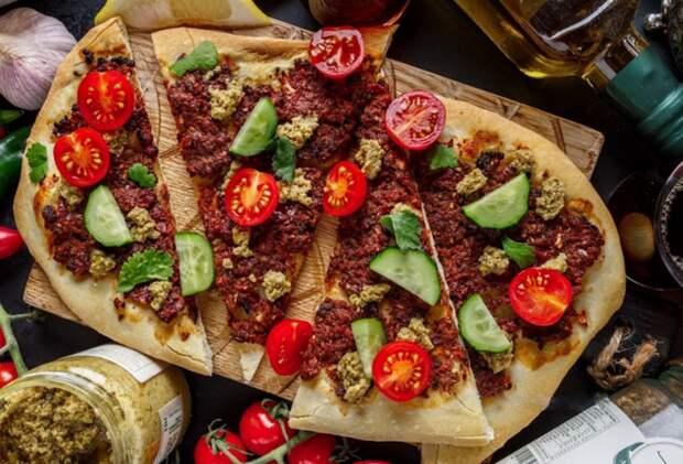 ЛАХМАДЖУН — АРАБСКАЯ лепешка с мясом