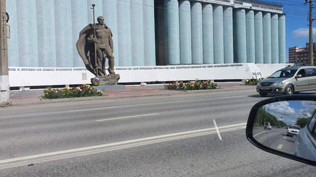 Памятник морякам-североморцам. Волгоград