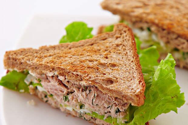 Питательный и полезный сендвич. \ Фото: edinstvennaya.ua.