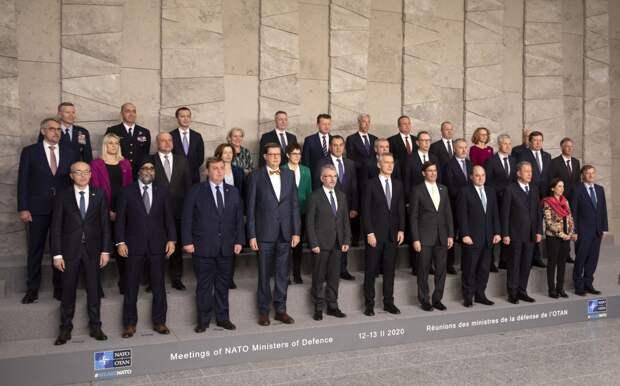 Роль НАТО на Ближнем Востоке: до чего договорились министры обороны альянса?
