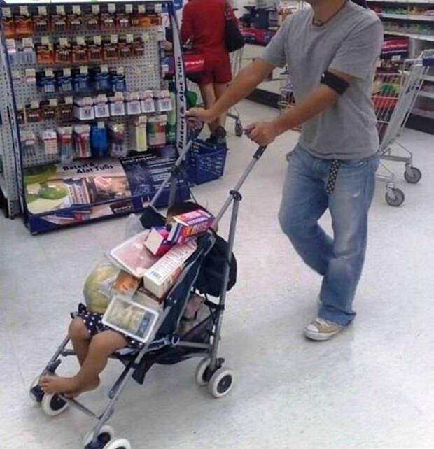 Какая удобная штука эта коляска!| Фото: Difundir.ORG.