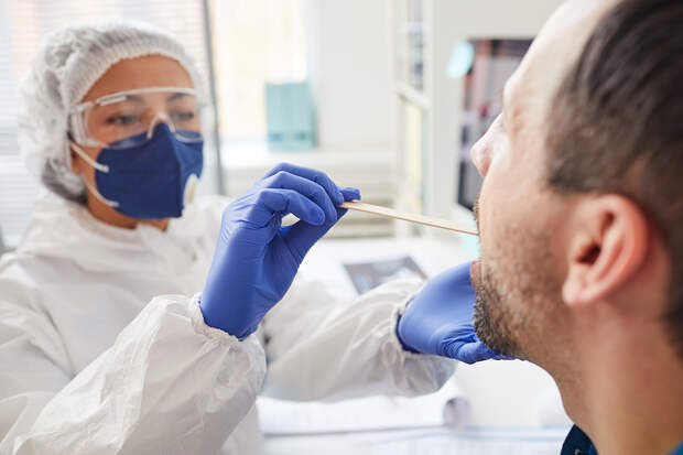 В России за сутки выявлено 8328 случаев коронавируса