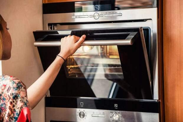 Как быстро убрать запах на кухне