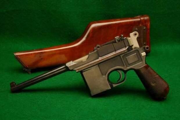Почему пистолет Маузер К96 называют «снайперским», и мог ли он уложить цель на расстоянии в 1 км (4 фото)