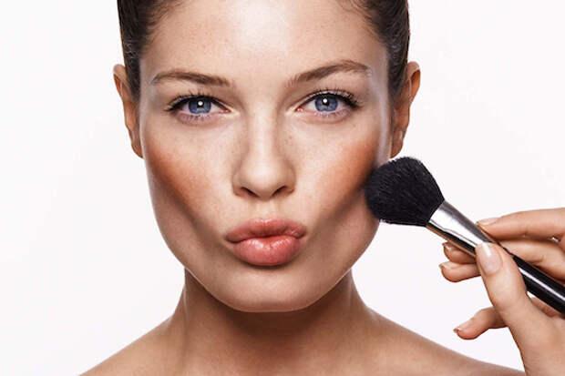 Вытянутое лицо: макияж и прическа, которые корректируют