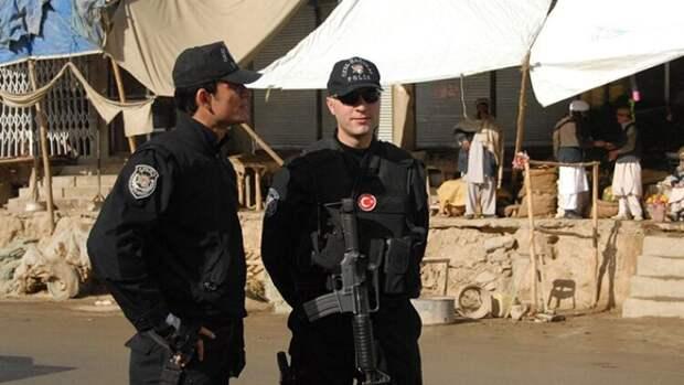 Преступность и ситуация с COVID-19 отвернут российских туристов от Турции