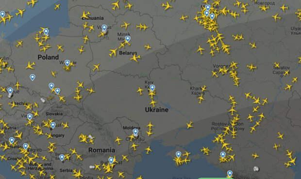 Чего избежал бацька, посадив самолёт